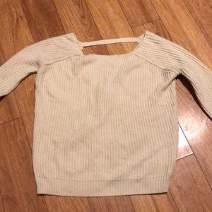 💲5/$25 vneck back sweater 💲